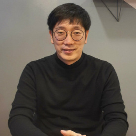 "JH Kim, CEO of ICONLOOP, saids ""Free Internet Business has reached the limit"""